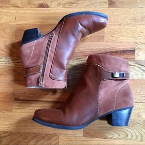 Naturalizer Zipper Ankle Booties Brown